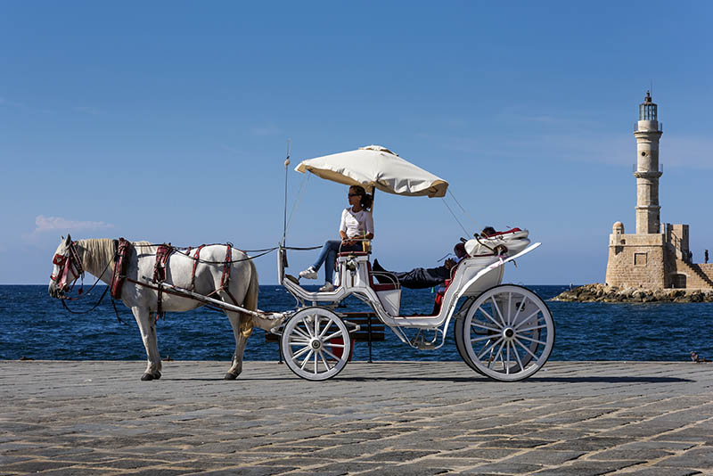 Horse and carrage in Old Chania