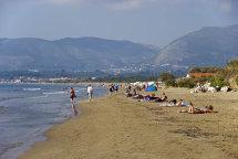 Kalamaki Beach. (b).