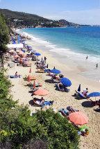 Makris Gialos Beach, Lassi. (a).
