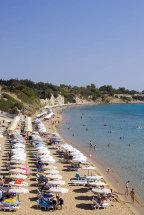 Pefkos Beach. (b).