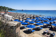 Platis Gialos Beach.(c).