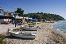 Siveri Beach. (d).