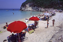 Vrika Beach, Anti-Paxos.(d).
