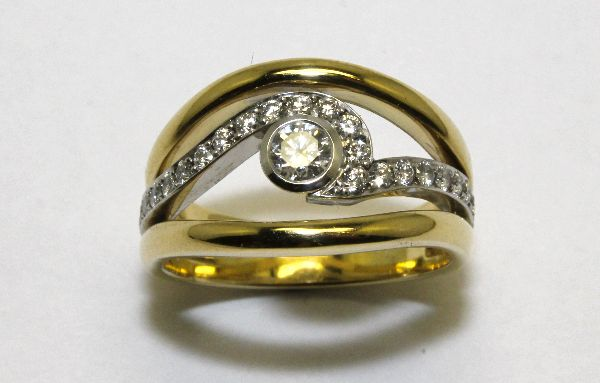 Yellow and White Gold Diamond Wave Ring £2500