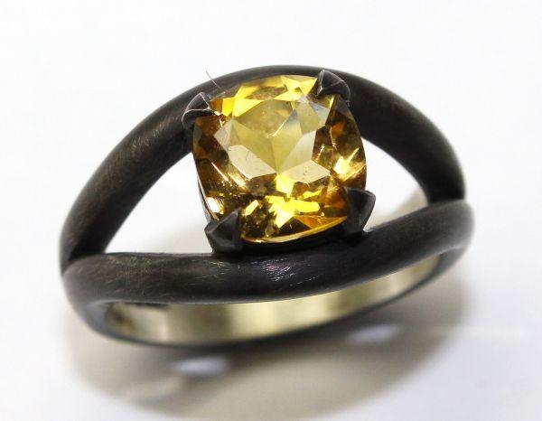Silver Citrine Eye Ring £175