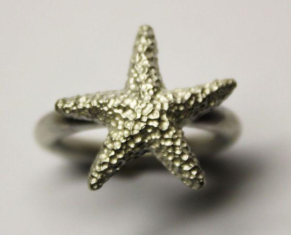 Star ring £104
