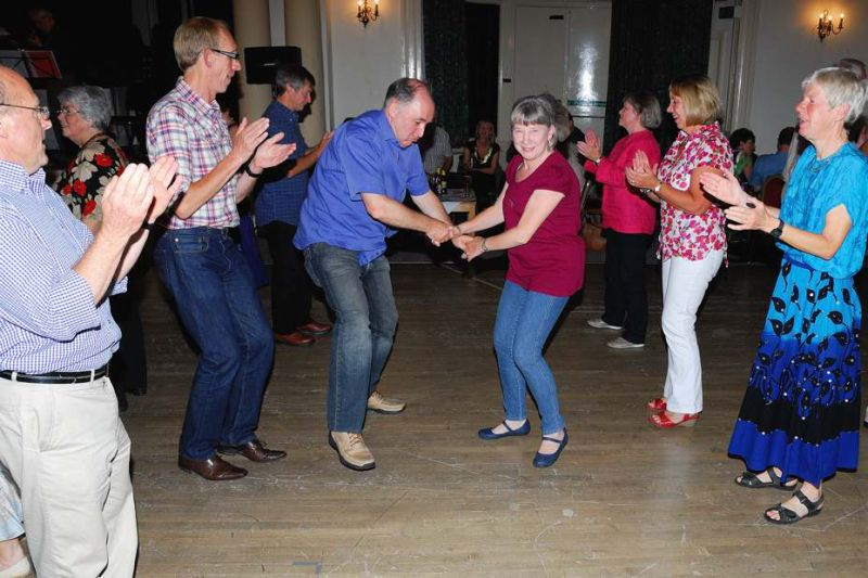 Ceilidh_At_Cairn_Hotel_07