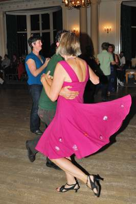 Ceilidh_At_Cairn_Hotel_11