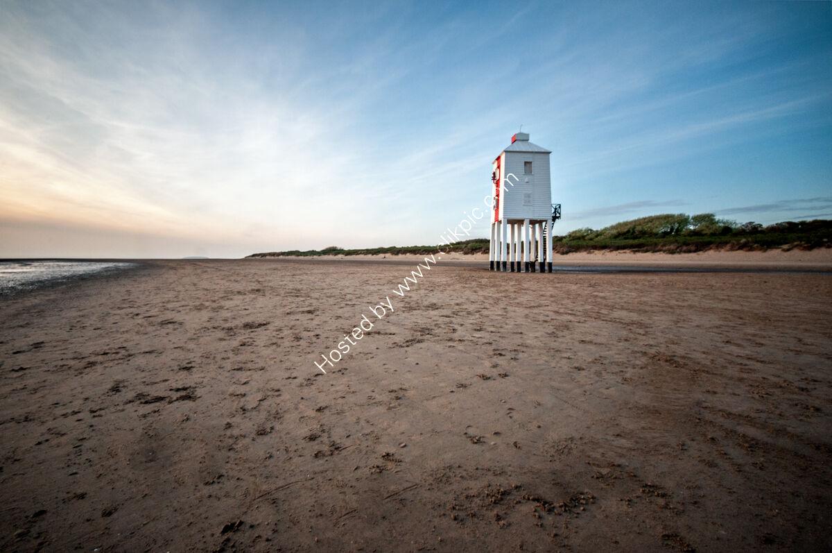 Burnham Low Lighthouse LE