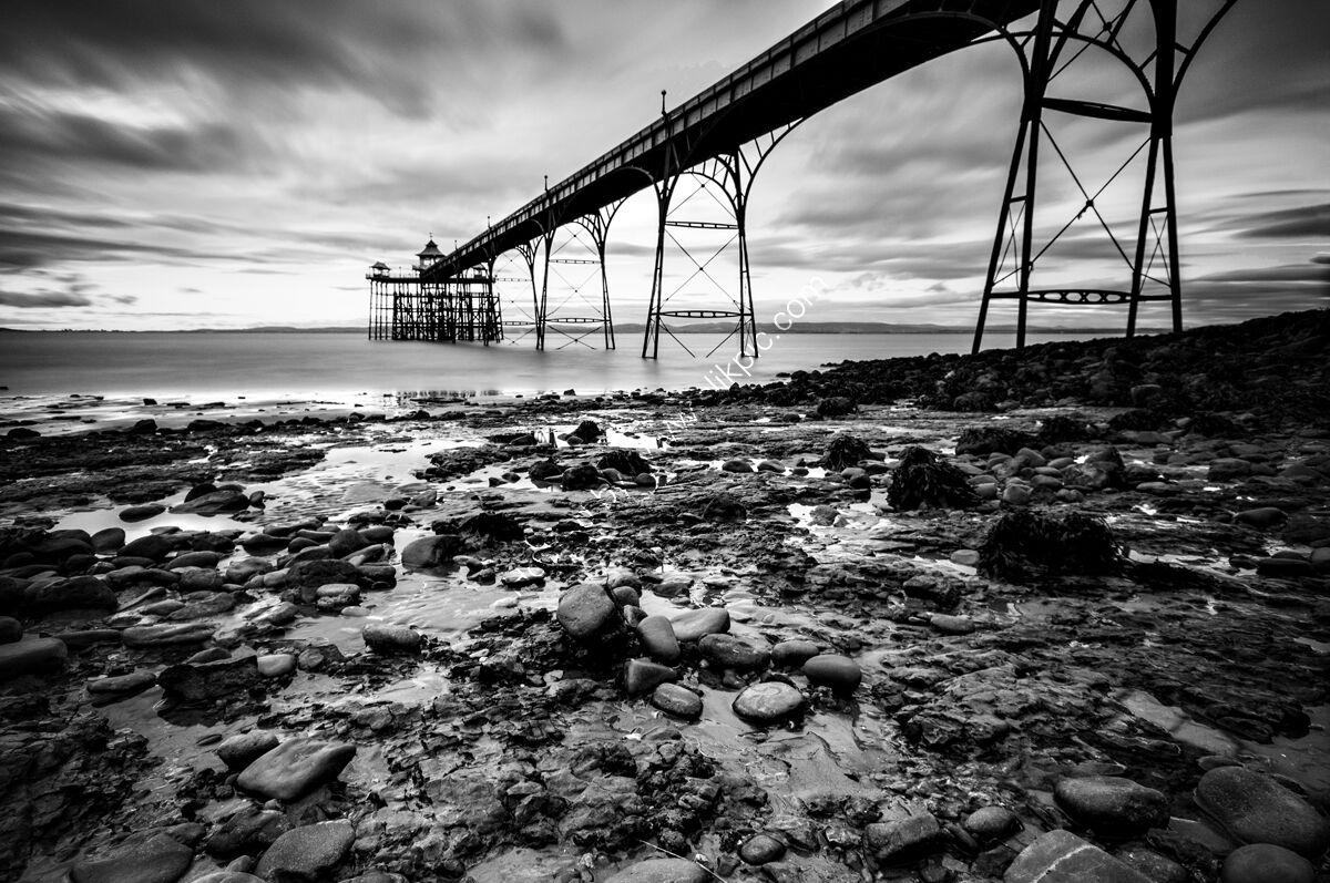 Clevedon Pier LE6