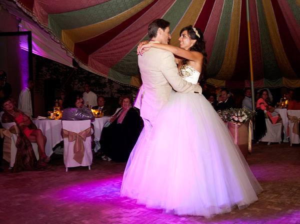 Wedding couple dancing Morocco