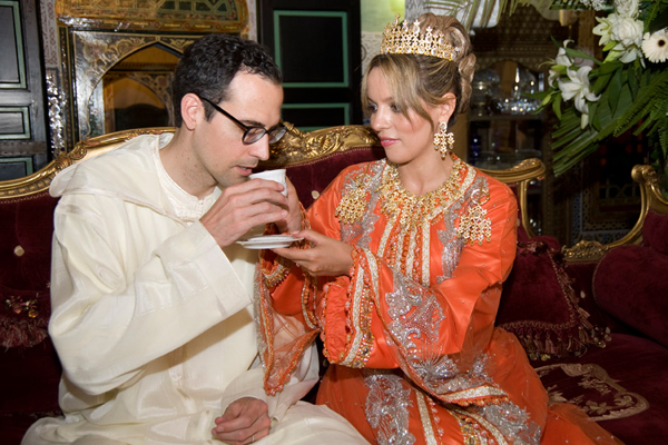 Wedding couple in Moroccan dress