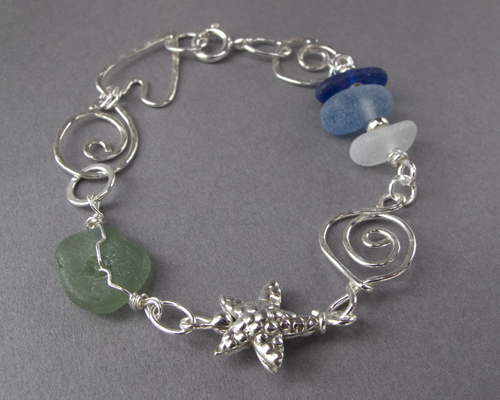 BS24   SOLD A similar bracelet can be made to order, please contact me with your requirements