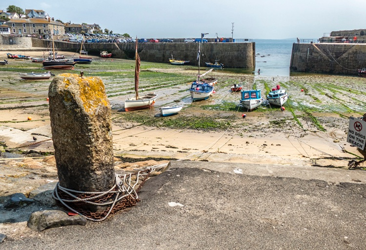 Mousehole 01