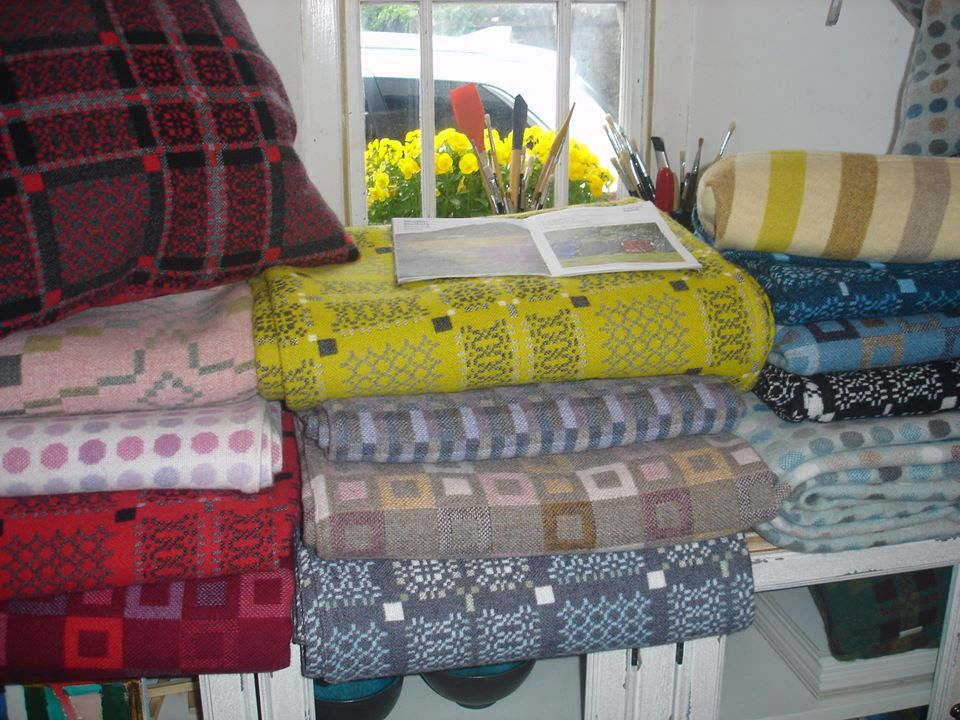Blankets, throws, cushions, all the new designs as they come direct from the mill....at mill prices