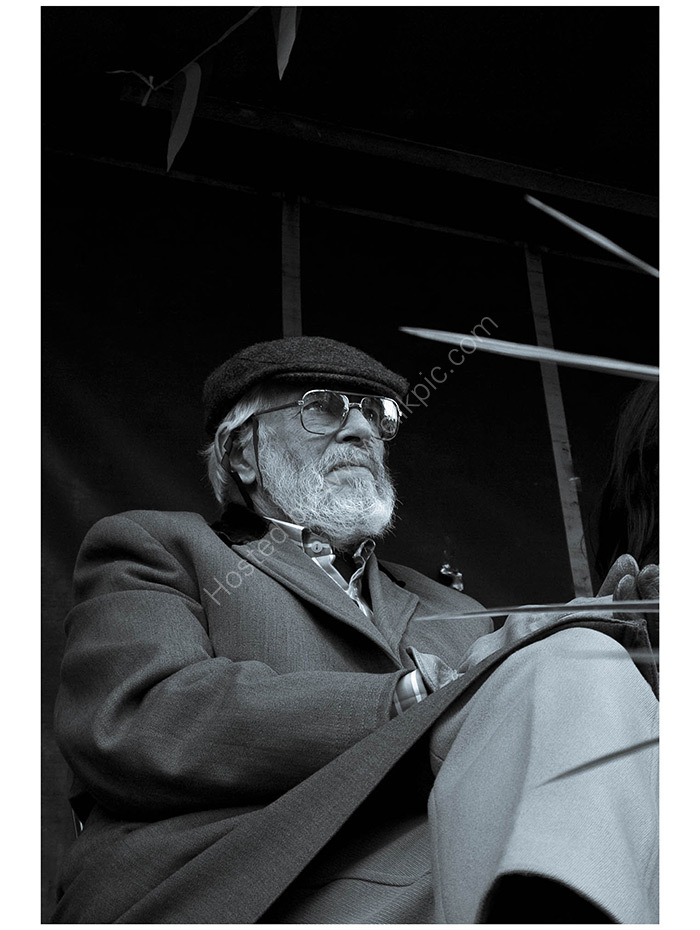 J.P.DUNLEAVY.