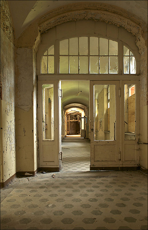 Internal corridor to the hospital.