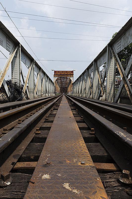 Rail bridge, Hanoi