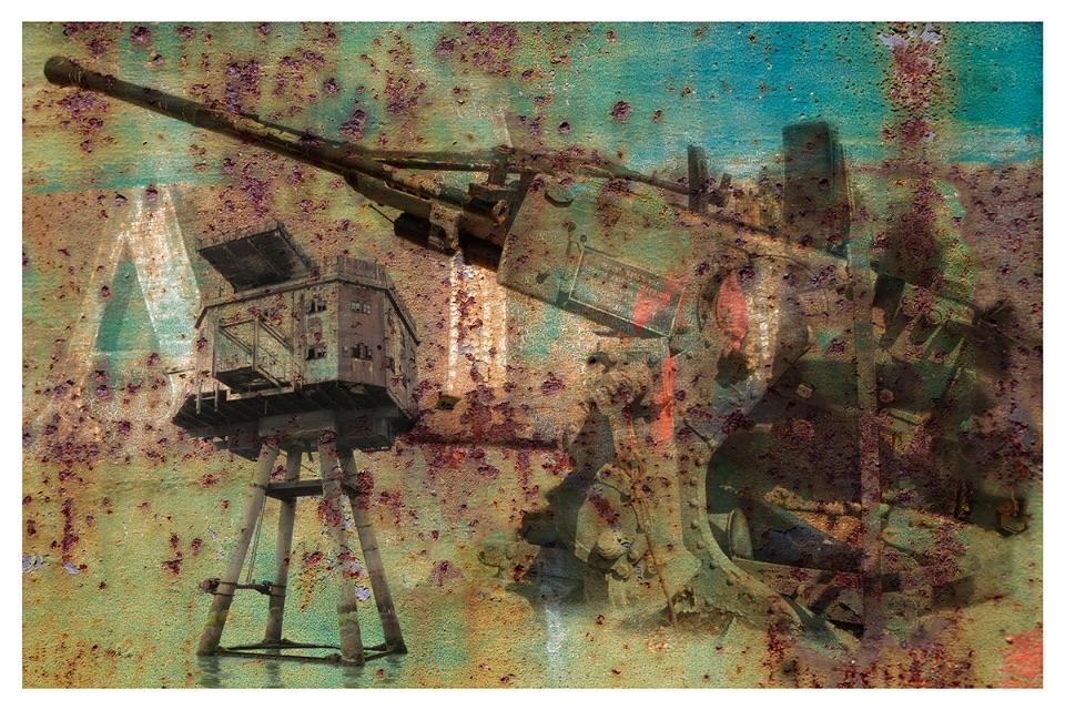40mm Bofors gun & magazines. Red Sands Fort.