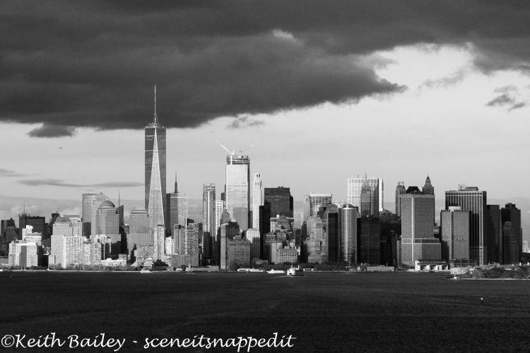 #28 Manhattan Skyline - Mono Study