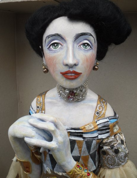 Klimt doll - Adele Bloch-Bauer (detail)