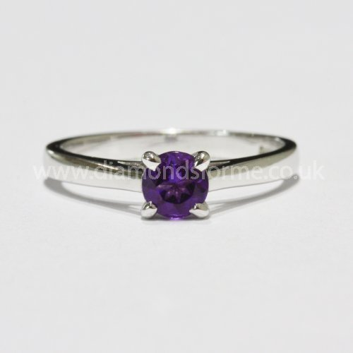 9CT WHITE GOLD 4 CLAW AMETHYST RING. (WAS £200.00)  NOW £180.00.
