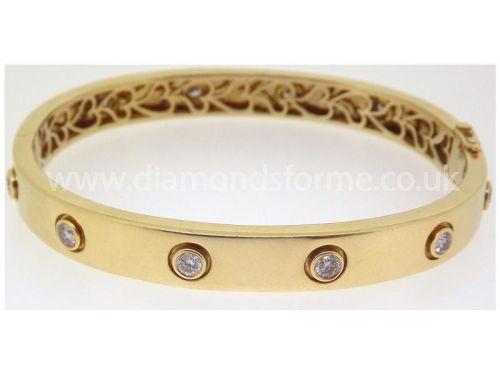 YELLOW GOLD DIAMOND RUBOVER BANGLE