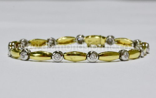 18CT YELLOW AND WHITE GOLD DIAMOND 0.88CT BRACELET.  (WAS £2000.00)  NOW £1800.00.