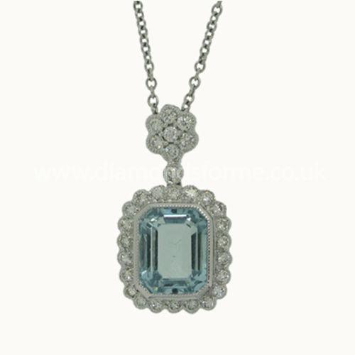 WHITE GOLD DIAMOND AQUAMARINE CLUSTER PENDANT