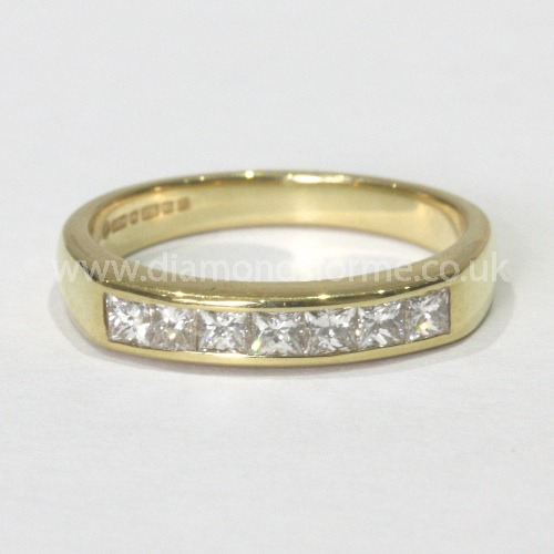 18CT YELLOW GOLD PRINCESS CUT 7 DIAMOND CHANNEL SET RING 0.53CT.  (WAS £900)  NOW £810.00.