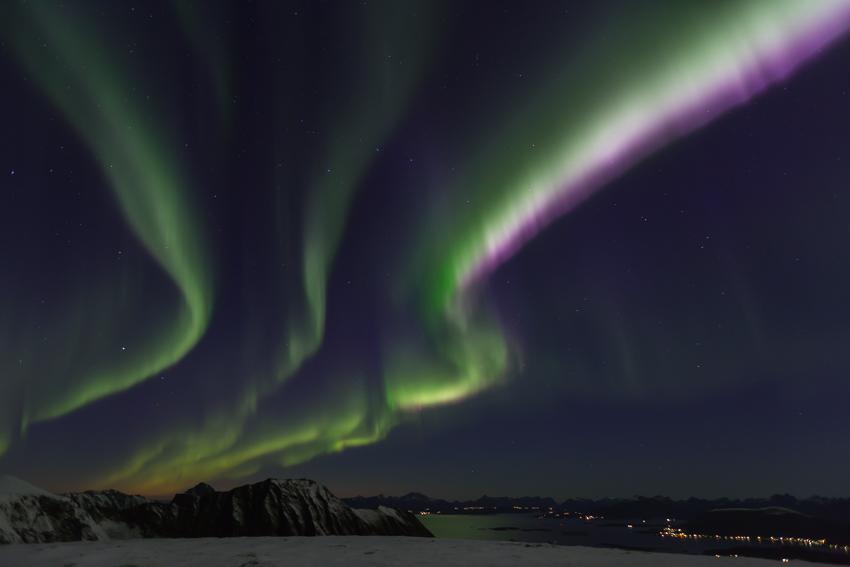 Aurora borealis from mt Storheia1