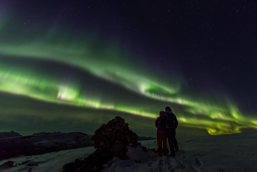 Aurora borealis with audience