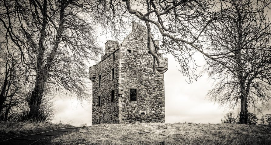 Greenknowe Tower - creamtone
