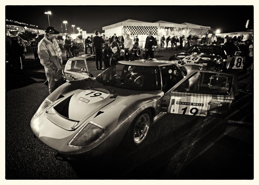 GT40 at night