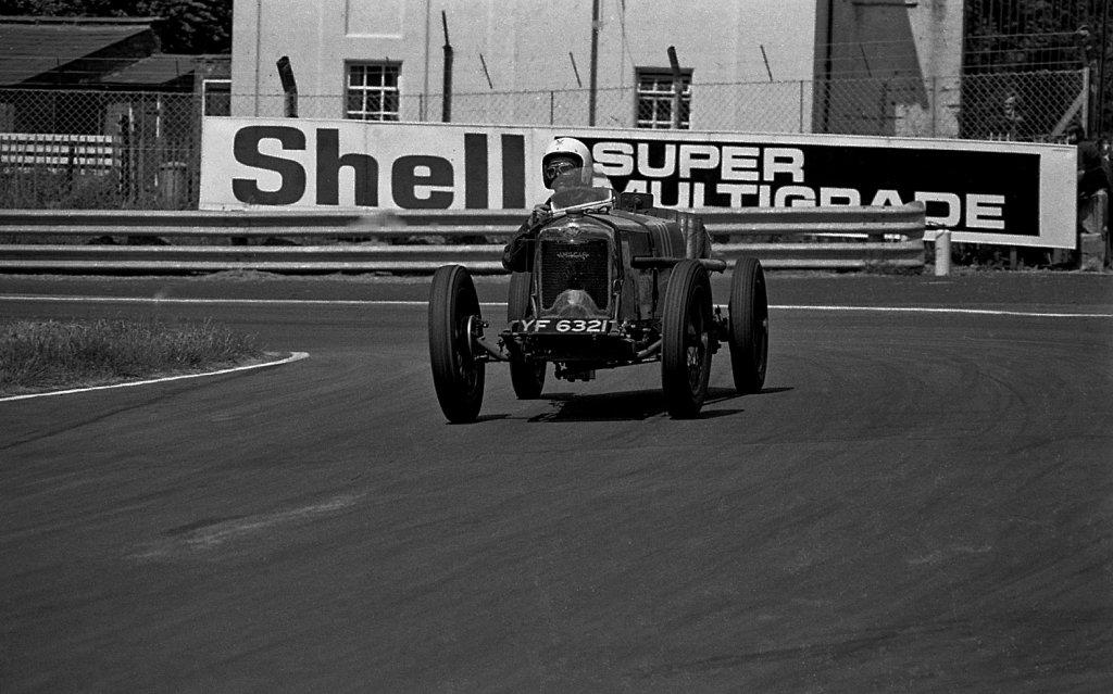 Amilcar Riley, Oulton, 1975 Gold Cup mttg