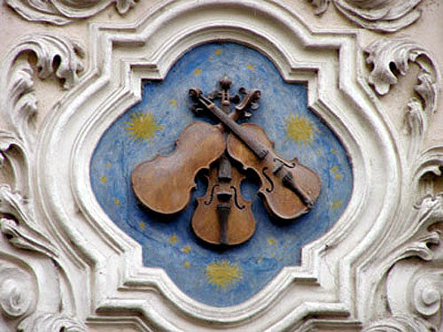 House of the Three Violins
