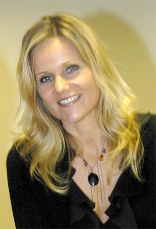 Designer. Linda  Barker.