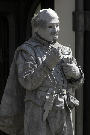 Street Performer dressed as Shakespeare