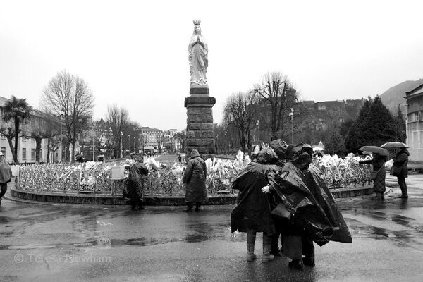 Rainy Day, Lourdes