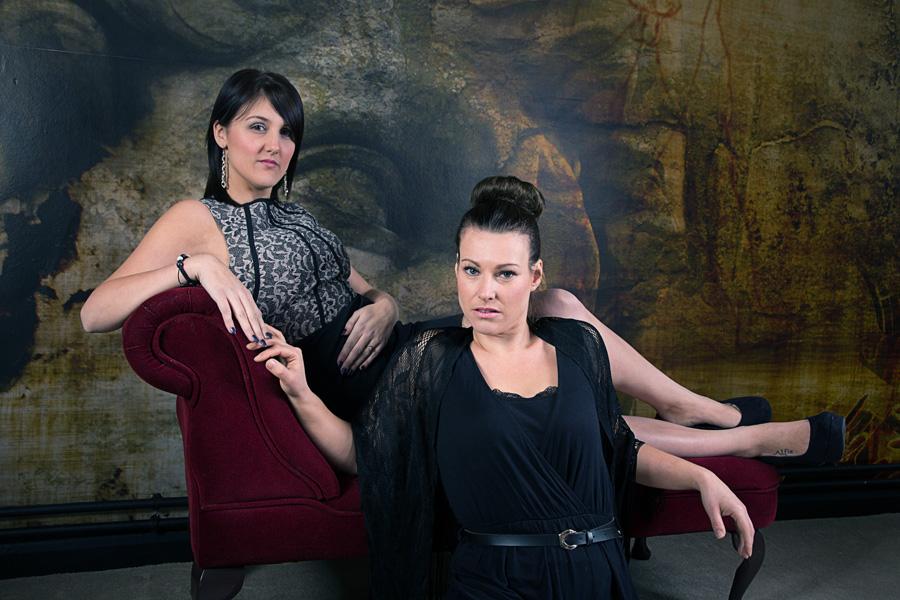 Manon And Gemma 1
