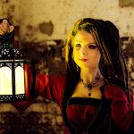 Savra And Lamp