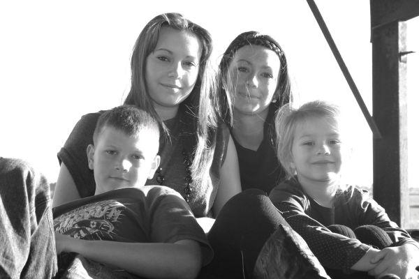 Foulness Island - Kids in Barn