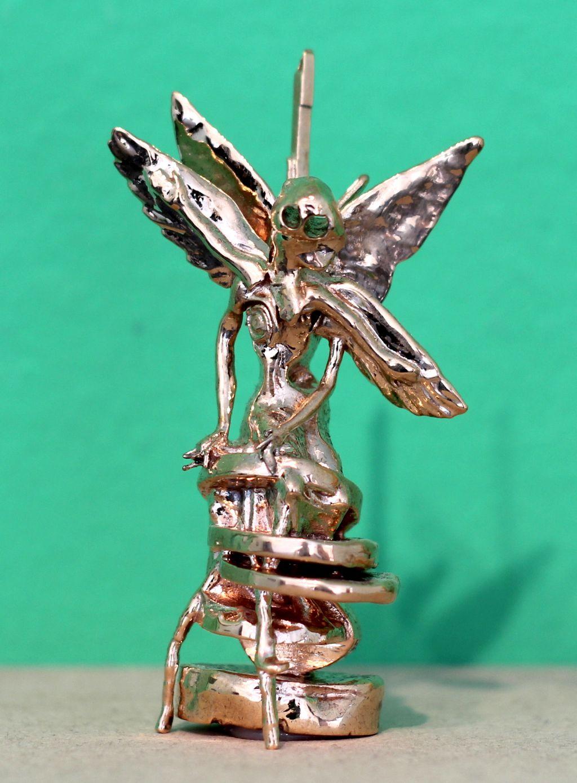 paz bronze