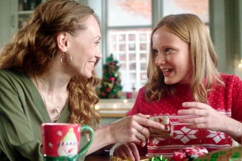 H.Samuel 'It's Good To Gift' DIR: Tony Briggs
