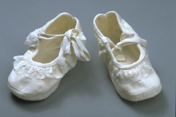 'Shoes' - porcelain