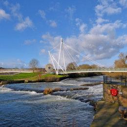 Blackaller Weir & the Millstone footbridge.