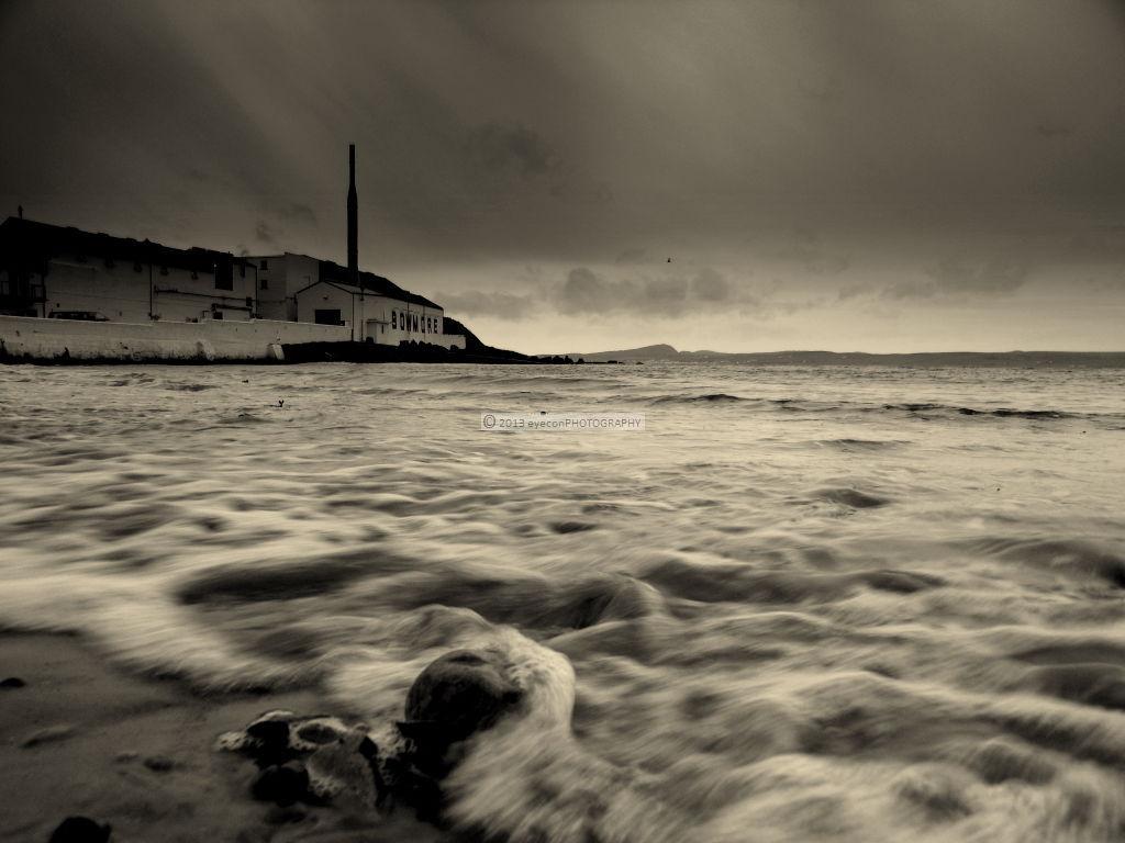 Surge at Bowmore Shores