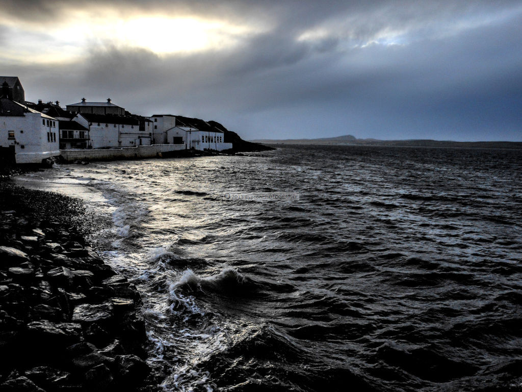Surging tide at Bowmore