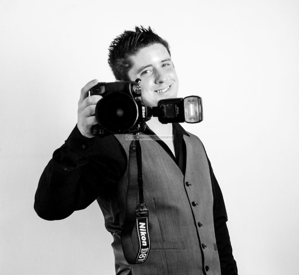 Tomas of eyeconPHOTOGRAPHY