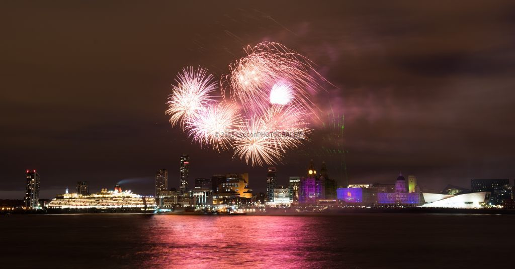 3 Queens Fireworks